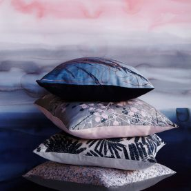 Mystras silk cushion - storm / pink