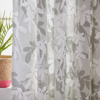CLARISSA HULSE Jungle curtains lifestyle 01