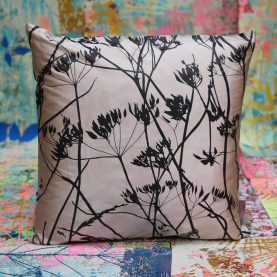 Cushion 42 - silk - 45x45cm - putty peat
