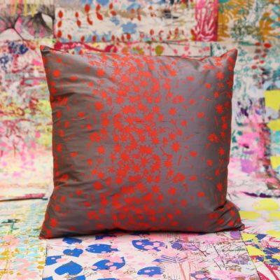 Cushion 69 - silk - 40 x40cm - storm orange