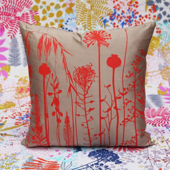 *SOLD* Cushion 171 - silk - pebble / chilli
