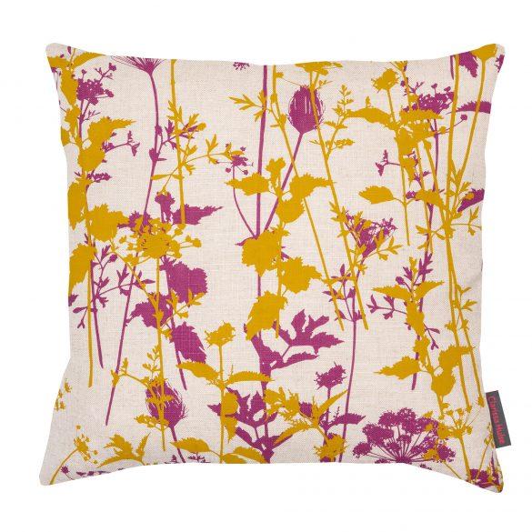 Nettles cushion - natural / turmeric / magenta
