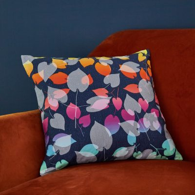 Scattered hearts cushion